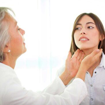 Les goitres : Symptômes et traitement de l'hypertrophie de la glande thyroïde