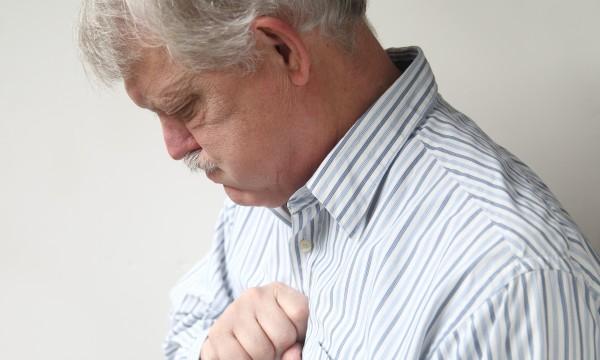 Les symptômes brûlures d'estomac : Crise cardiaque ou brûlures d'estomac?